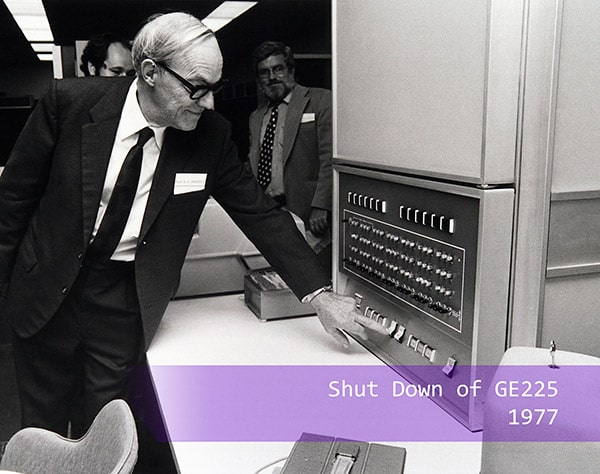 Sydney A Prentice shuts down the GE-225 Computer
